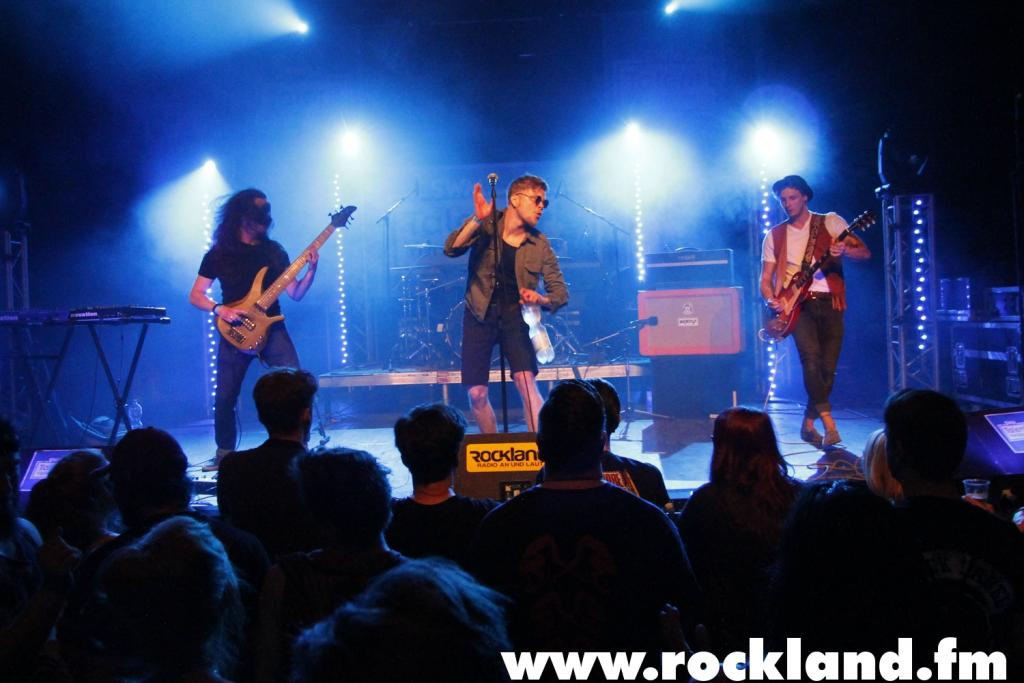 "Foto: ROCKLAND <strong class=""verstecktivw"">swmmusicids</strong>"
