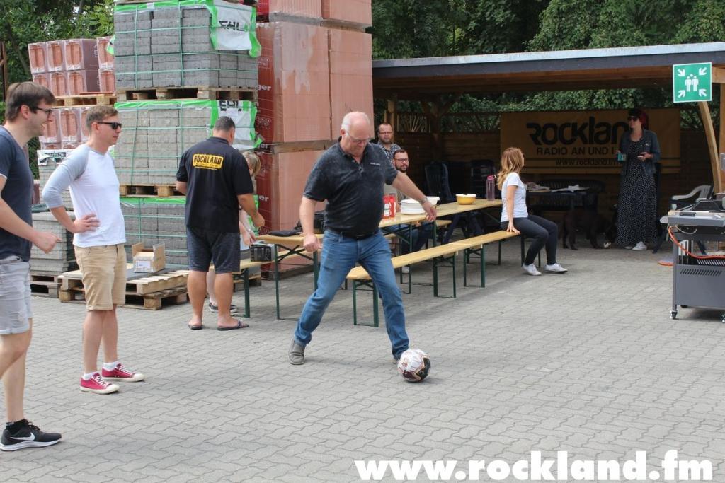 "Foto: ROCKLAND <strong class=""verstecktivw"">rockland-grillt</strong>"